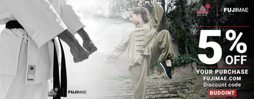 Vêtements Arts Martiaux, équipements, uniformes, chaussures